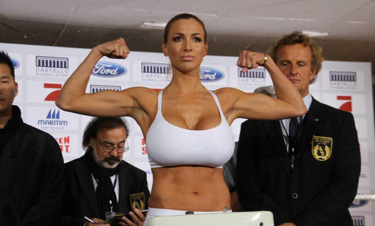 boxing hot girls show